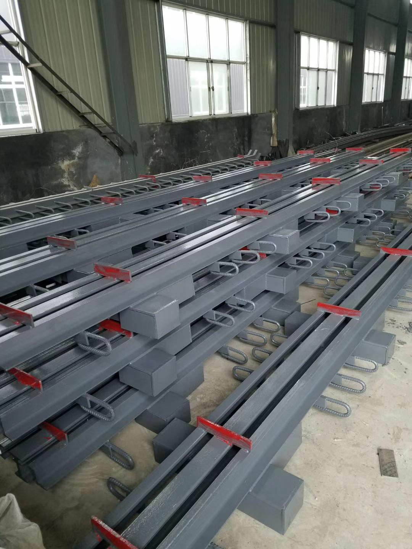 河南开封刘经理桥梁d160型模数式伸缩缝78米发货6